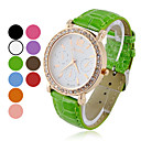 Women's Round Zircon White Dial Quartz Analog Wrist Watch (Assorted Colors)