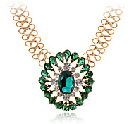 Lureme®Vintage Gold Plated Alloy Green Gem Pattern Necklace