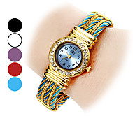 Élégant style Steel analogique bracelet montre femme quartz (couleurs assorties)