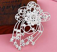 Silber überzogene hohle Blumen Quaste Brosche