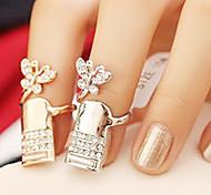 Schmetterlings-Nagel-Ring (zufällige Farbe)