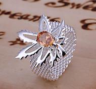Maple Leaf веб-кольцо