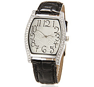 Women's Butterfly Pattern Square Case Leather Band Quartz Analog Wrist Watch (Assorted Colors)