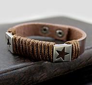 Z&X®  Vintage Star Pattern 25cm Men's Black Leather Bracelet(Coffee,Black,White,Red)(1 Pc)