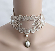 European Style Lace Necklace