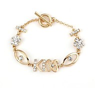 Lover's Hollow Kiss with Diamond Pattern Metallic Bracelet 1pcs