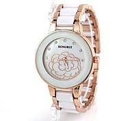 Frauen-Rosen-Muster Gold Steel Quarz-Armbanduhr