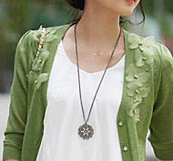 Classic Diamanted Flower Pattern Pendent Necklace(Silver,Black)(1 Pc)