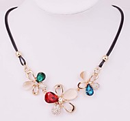 Jewelry Statement Necklaces Wedding / Party / Daily / Casual Alloy / Rhinestone Women White / Red / Blue / Green / Pink / Champagne