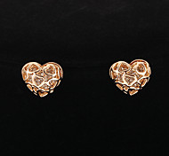 Classic Hollow Out Heart Shape Stud Earrings(1 Pair)