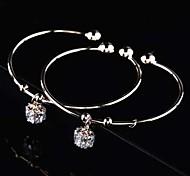 Z&X®  Fashion Simple Stars Delicate Hand Ring Bracelets