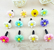Cute Flower Plastic Anti-Dust Earphone Jack (Ramdon Color)