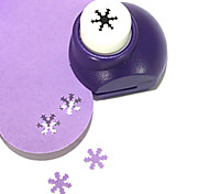 DIY Cutting Tool Mini Metal Snowflake Pattern Punch(Random Color)