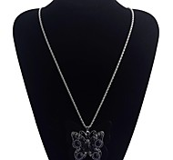 Lureme®Vintage Style black Butterfly Drill  Precious Stone Necklace