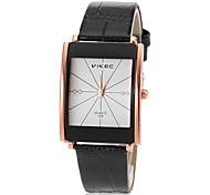 le quartz des femmes cadran carré PU bande de montre de mode analogique