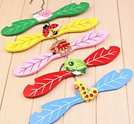 Lovely Wooden Clothes Hanger for Pet Dogs (1 Piece Random Color)