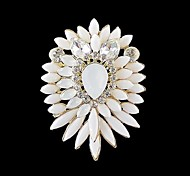 2014 New Arrivals Women Chunky Flower Shaped Rhinestone Brooch