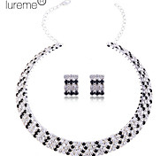 Lureme women's Multi-layer Crystal Jewelry Set(Collar Necklace and Earrings)