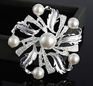 Fashion Rhinestone Pearl Flower Brooches Random Color