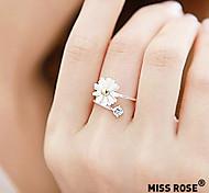 Miss ROSE®Daisy Flower Ring