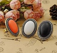 Retro Fashion Noble Oval Gemstone Rings