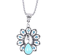 Coway Hollow Diamond Necklace Turquoise Peacock