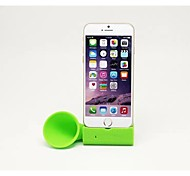 "BEBONCOOL  Soft Silicone Horn Stand Speaker Amplifier Fit for Iphone 6 4.7""  (Green)"