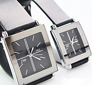 Montre cadran carré bracelet en plastique simple quartz couple (couleurs assorties)