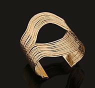 Fashion Opening Gold Metal Bracelet