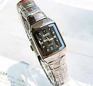 Women's Explosion of A Square Dial Steel Band Business Fashion Quartz Watch