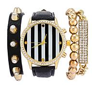 Women's Rivet Bangle Bracelet Watch Luxury Brand Quartz Wristwatch Watches