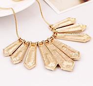 Fashion Retro Diamond Pendant Jewelry Set