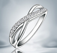 Z&X® Silver Plated Party/Daily Elegant Cross Rhinestone Band Rings 1pc