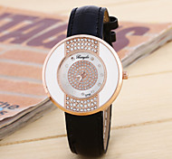 Ladies Fashion Simple Glass Round Belt China Watch Movement Quicksand(Assorted Colors)