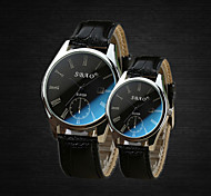 Three Stitches Calendar Blu-ray Brilliantly Coloured Glass Mirror Couple Watches(Black)(1Pc)