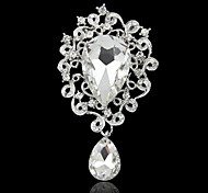 Heart Shape Brooch With Diamond