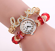Woman's Watches The Latest Metal LOVE Diamond Ladies Bracelet Watch