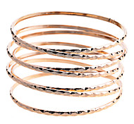 Simple Style Multi-Layers Hammered  Spring Shape Bangle Bracelet