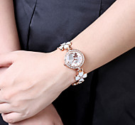 Beautiful Ladies Fashion Clover Watch