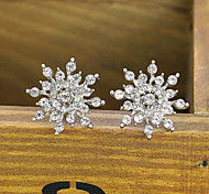 HUALUO@Earring Jewelry Exquisite Diamond Bright Diamond Snowflake Earrings