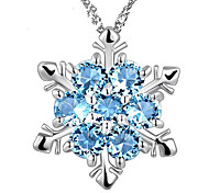 HUALUO®The New Clavicle Necklace Inlaid Imitation Sapphire Crystal Snowflake Pendant Necklace Jewelry