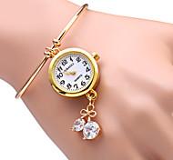 Women's Bowknot Pendant God Bracelet Quartz Watch