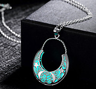"""New Magical Glow in the Dark Luminous """"U"""" Shape with Star Pendant Necklace"""
