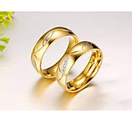 Golden Stainless Steel Couple Rings Between Fashion Set Auger