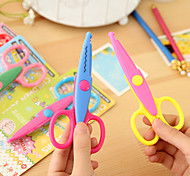1PC Laciness Scissors Metal and Plastic DIY Scrapbooking Photo Colors Scissors Paper Lace Diary Decoration(Style random)