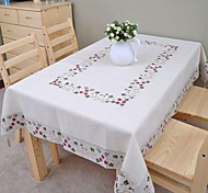 Embroidered Tablecloth Cotton Tablecloth Linen Tablecloth Classical 140x200cm (56*80inch)