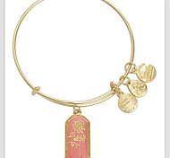 Rose Patten Pendant Bracelet