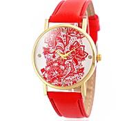 Ladies' Fashion Lacework and Diamonds Design Wrist Quartz Watch with Leather Strap