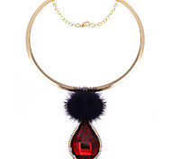 Women Fashion Fuzzy Ball Glass Drop Choker Necklace Glass Gift Red / Green