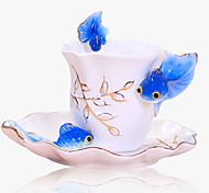 Random color Esmalte de Porcelana Taza de Caf Taza Con Platos y Cuchara Creativa Criativa Caneca de China de Hueso De Porcelana